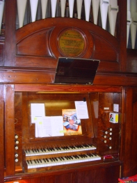 Organ at High Street Centre